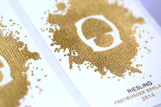 Etiketten_praegen_Goldfolie